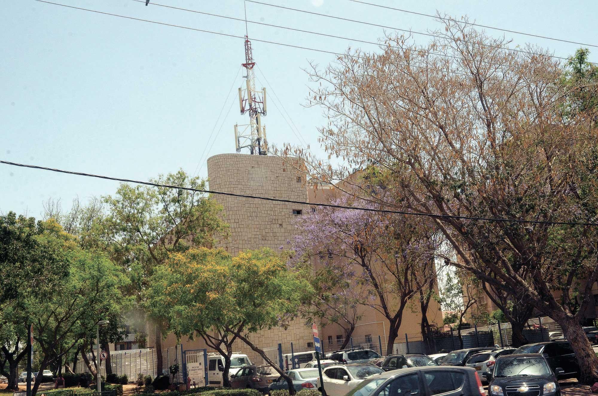 בניין ברחוב קפלן המופיע ברשימה צילום זאב שטרן