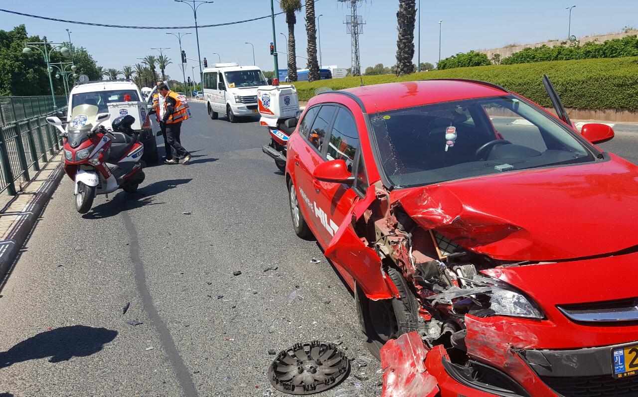 תאונה בכביש 40. צילום: איחוד הצלה