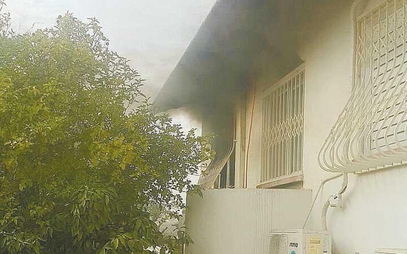 שריפה בבית ברחוב עפרוני. צילום: באדיבות התושבים
