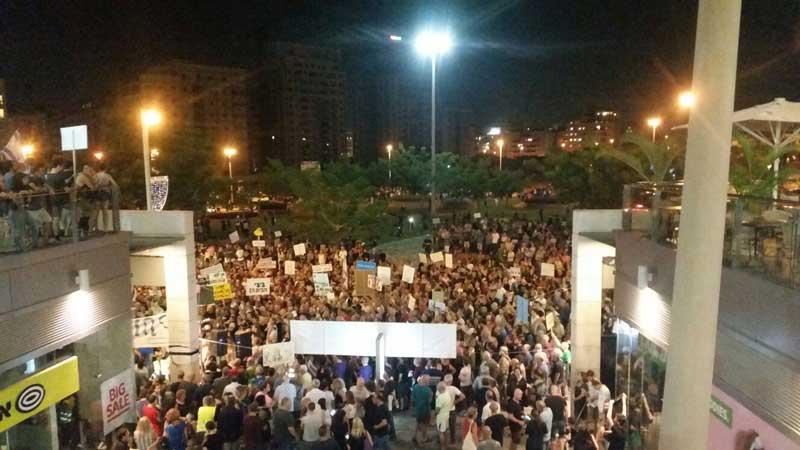 כ-2,000 מפגינים. צילום טל סרוסי
