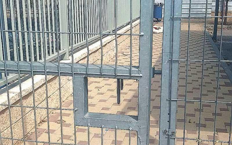 שער מתחם גנים בעיר לגן המצולם אין קשר לכתבה