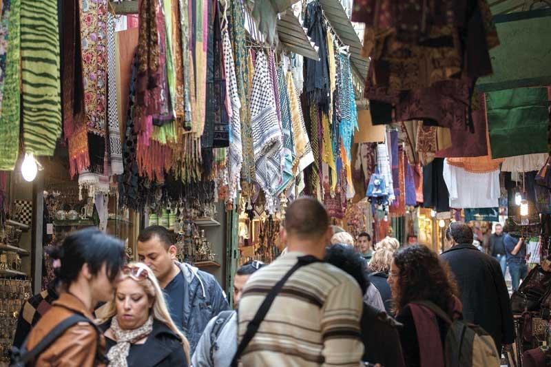 שוק העיר העתיקה. צילום אמיל סלמן