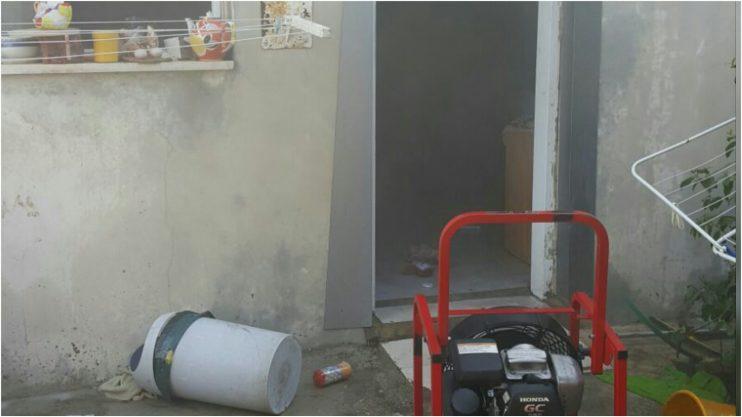 """שריפה בדירה ברחוב לח""""י בפתח תקוה. צילום באדיבות איחוד הצלה"""