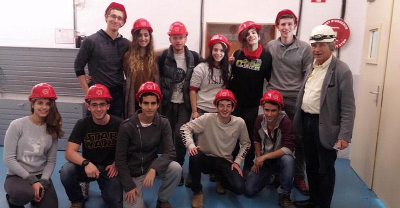 משלחת פיזיקה לשוויץ- תיכון בגין ראש העין. צילום באדיבות בית הספר