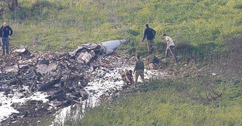 זירת התרסקות המטוס בצפון צילום רמי שלוש