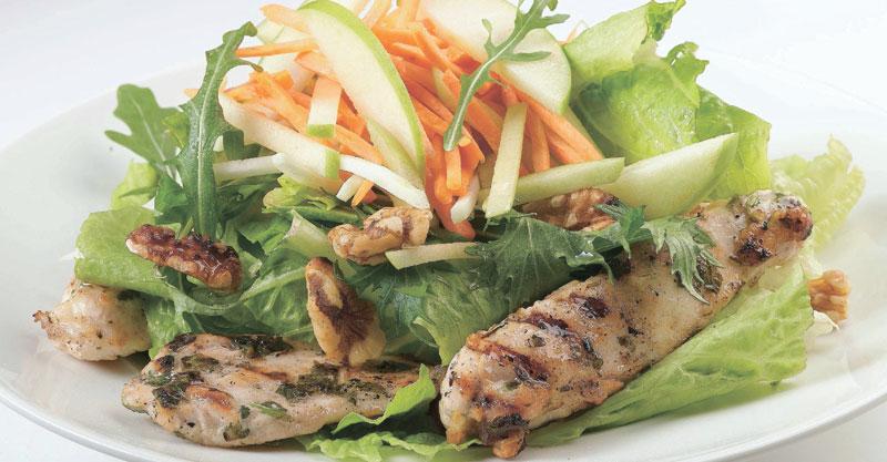 סלט עוף וירקות טריים באדיבות השף רמי מימון, מסעדת בוריטו
