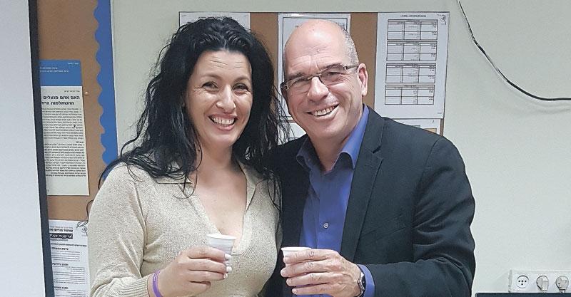 אנה נבות עם ראש העיר איציק ברוורמן