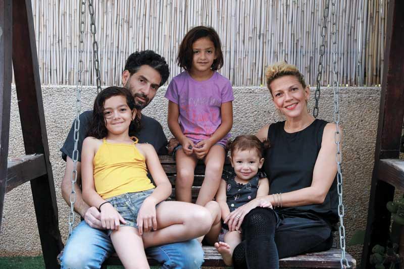 משפחת הדר. צילום עזרא לוי