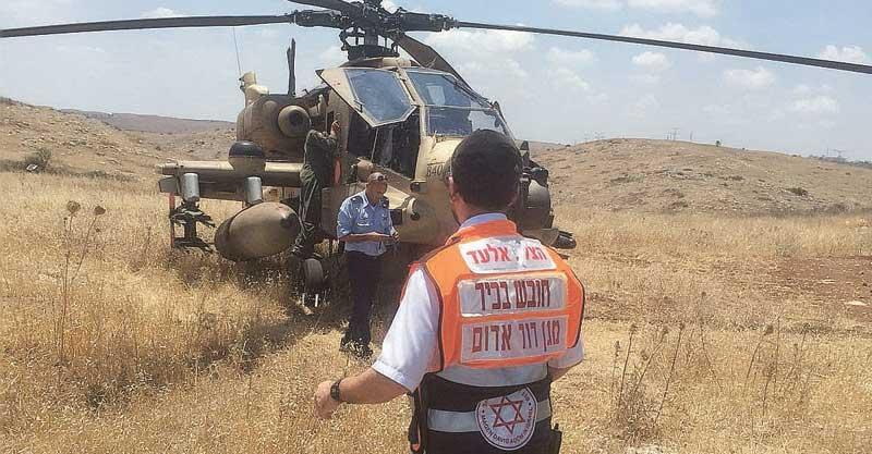 נחיתת חרום של מסוק צבאי בשטח פתוח ליד ראש העין צילום הצלה אלעד