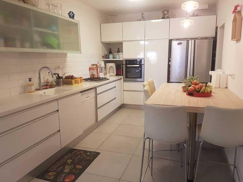 הצעת השבוע ראש העין: דירת 6 חדרים ברחוב חנה רובינא שבשכונת פסגות אפק