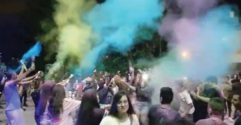 מסיבת צבע צילום אגף הנוער