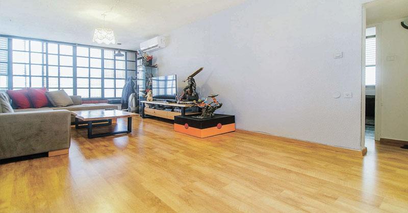 הצעת השבוע פתח תקוה. דירת 3 חדרים ברחוב סלומון שבאזור המרכז השקט
