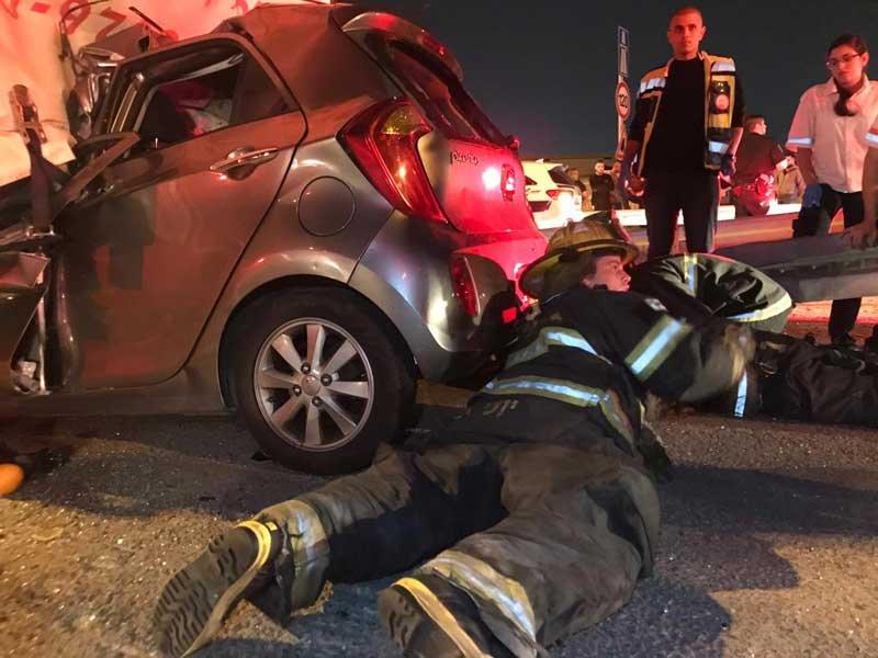 תאונת דרכים כביש 6. צילום באדיבות שירותי הכבאות פתח תקוה