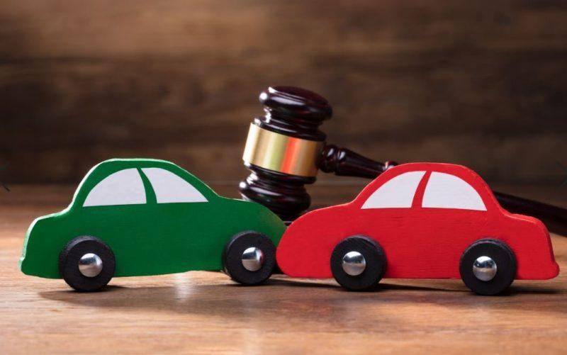 עורכי דין לתעבורה בפתח תקוה (מאגר תמונות Shutterstock)