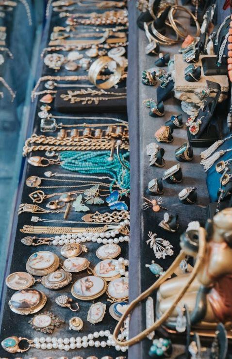 זיוה טל תכשיטים. צילום: סטודיו אורי לובן
