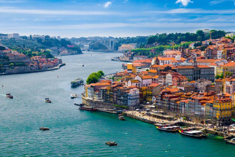מבט על פורטו, פורטוגל. תמונה ממאגר Shutterstock