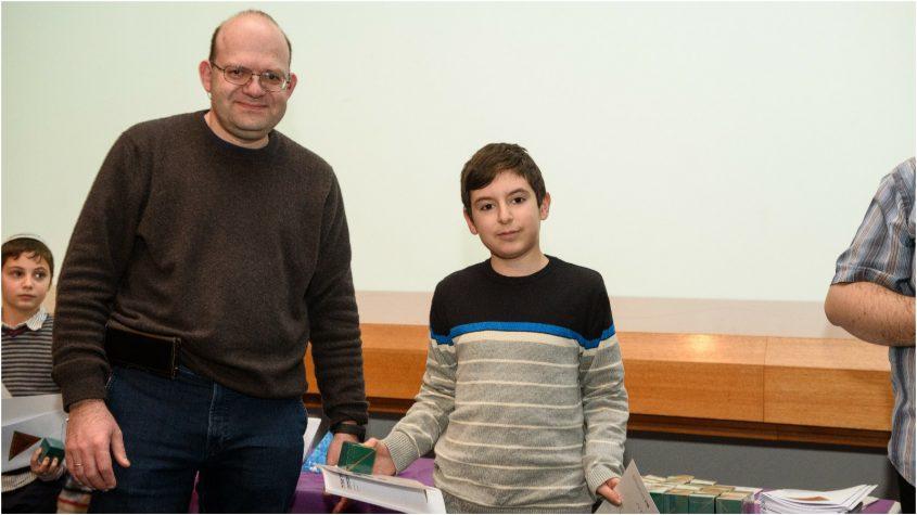 (מימין) מאור כץ מעין גנים ופרופסור מיטיה נוביקוב מויצמן, מתמטיקה