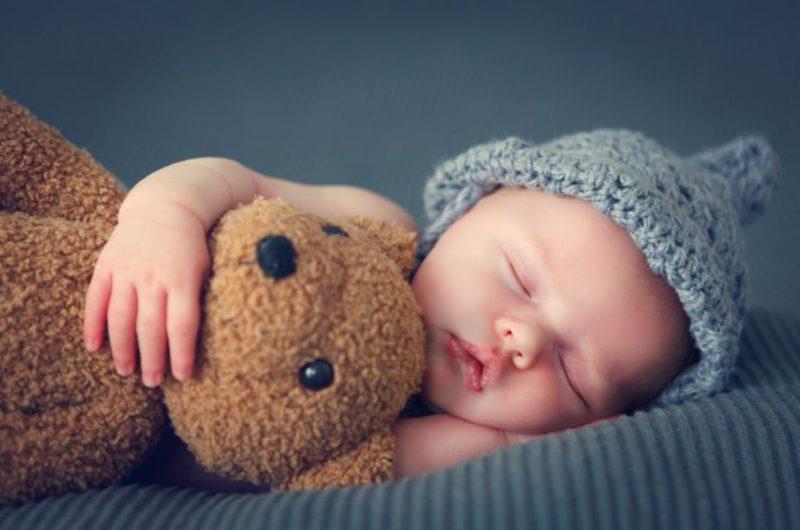 יועצי שינה במרכז. מאגר Shutterstock