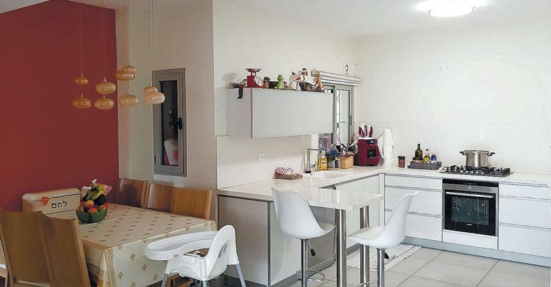 הצעת השבוע- דירת גן 4 חדרים ברחוב ויצמן שבשכונת כפר גנים ג'