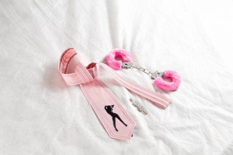 חנות אביזרי מין בפתח תקוה. תמונה ממאגר Shutterstock