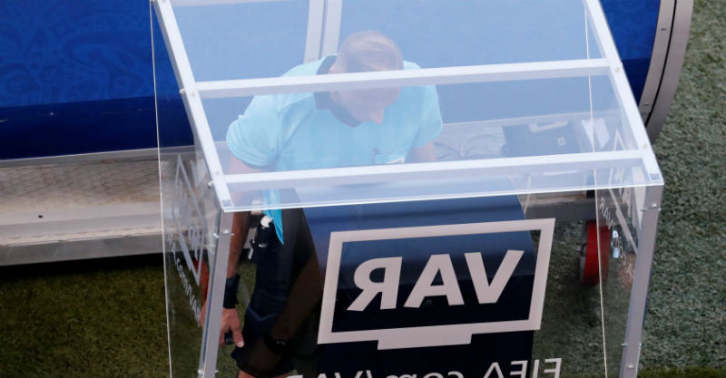 טכנולוגיית ה-VAR. צילום: רויטרס
