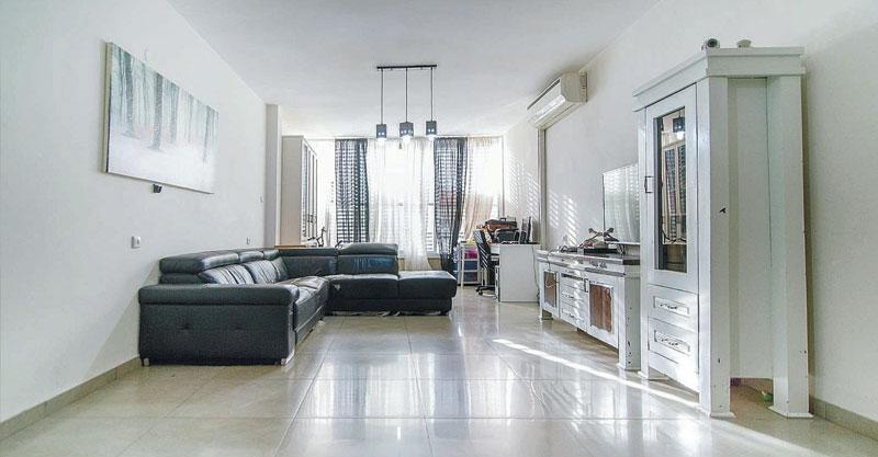 """הצעת השבוע: דירת 4 חדרים ברחוב קק""""ל במרכז העיר"""