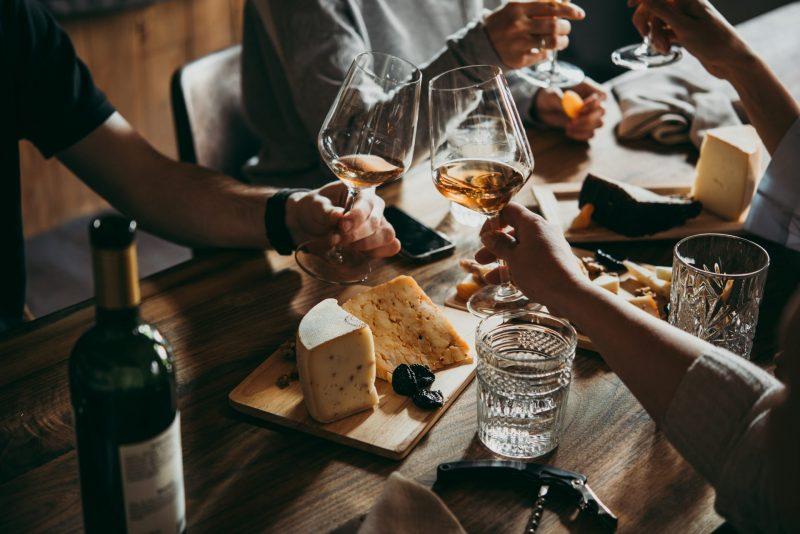 מסעדות שפתוחות בפסח בפתח תקוה. תמונה ממאגר Shutterstock