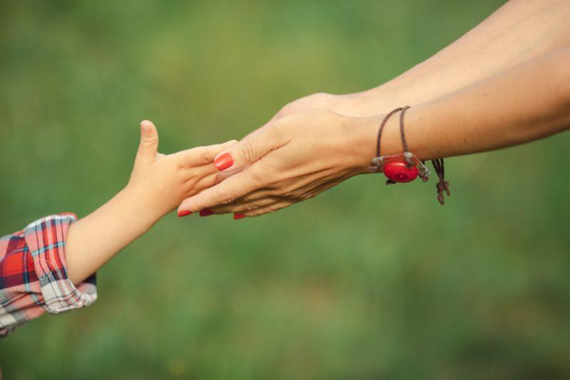 הדרכת הורים במרכז. תמונה ממאגר Shutterstock