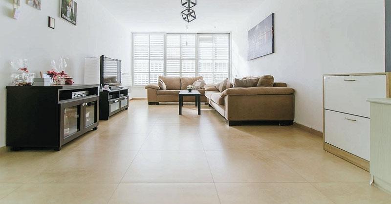 הצעת השבוע - דירת 3 חדרים ברחוב עין גנים שבשכונת עין גנים