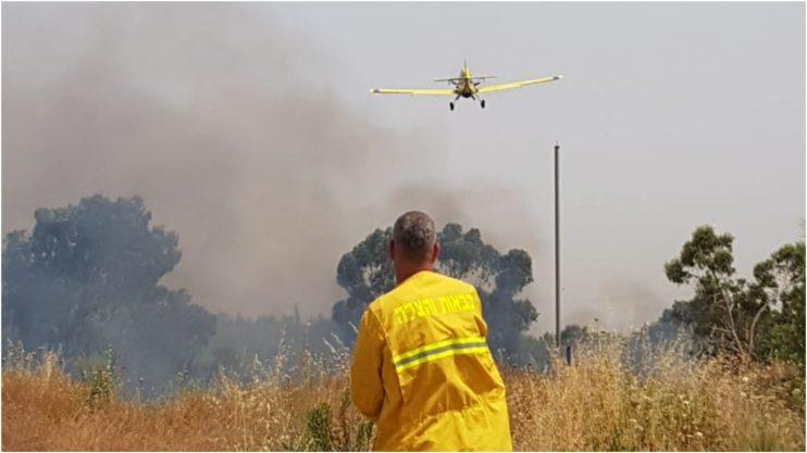 השריפה באזור נחשונים צילום באדיבות הכבאות
