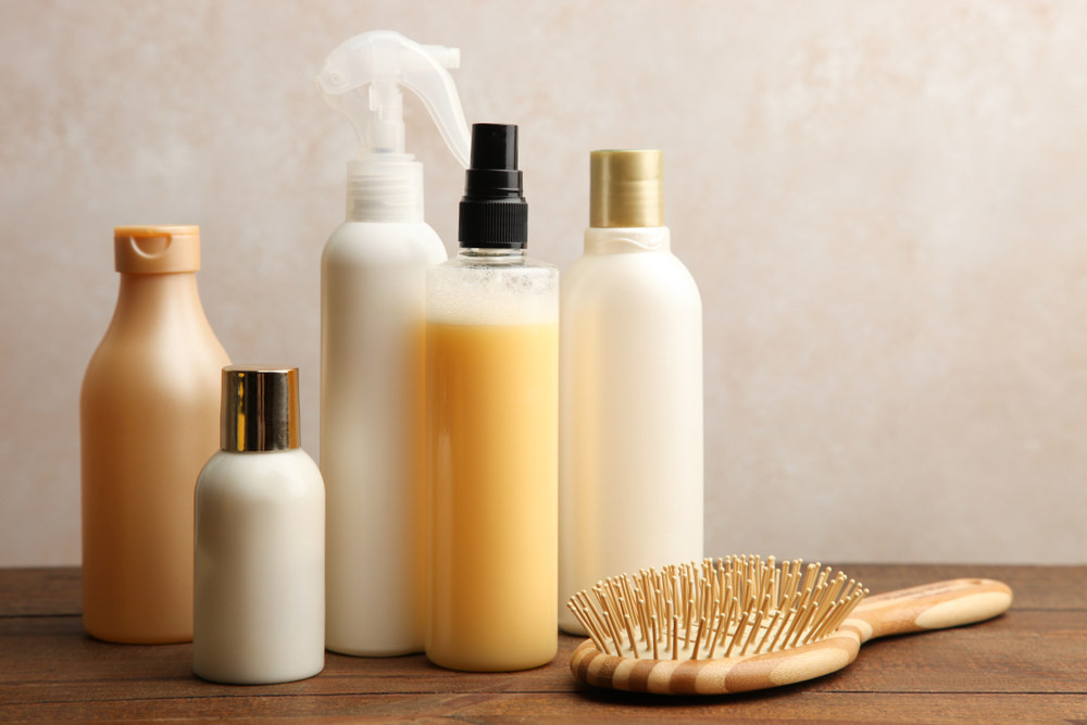מוצרי שיער בפתח תקוה. (Shutterstock) צילום: Studio KIWI
