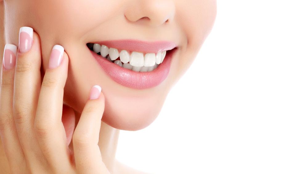 שיניים תותבות ושיקום הפה (Shutterstock) צילום: AXL