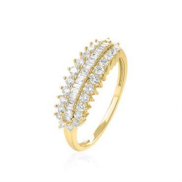 """טבעת זהב משובצת יהלומים. באדיבות """"אלון פז"""""""