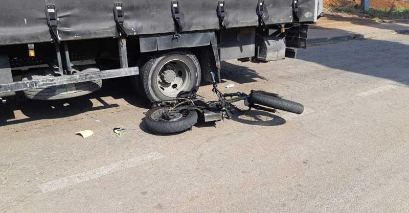 זירת התאונה ברחוב טבריה. צילום דוברות הצלה פתח תקוה