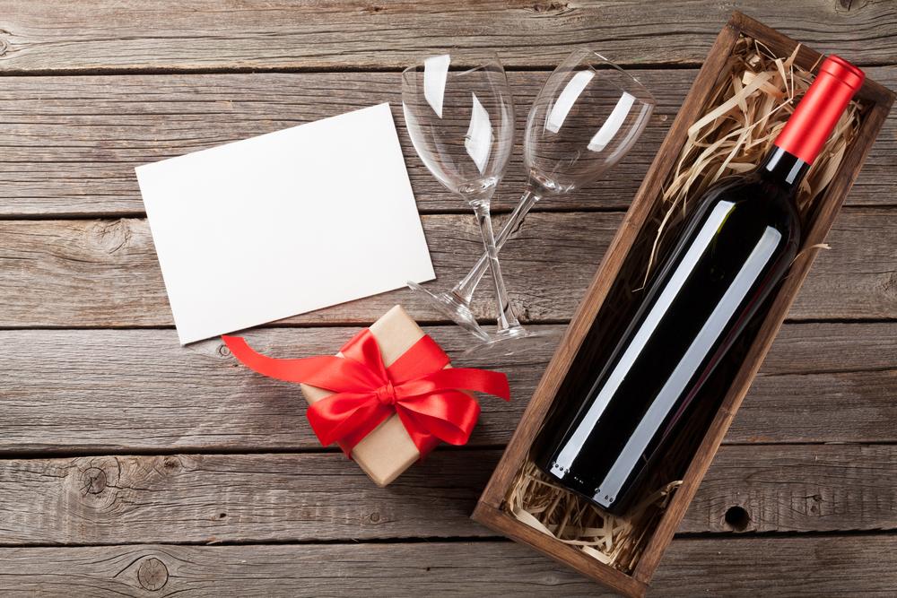 חנות מתנות בפתח תקוה (Shutterstock) צילום: vgeny Karandaev