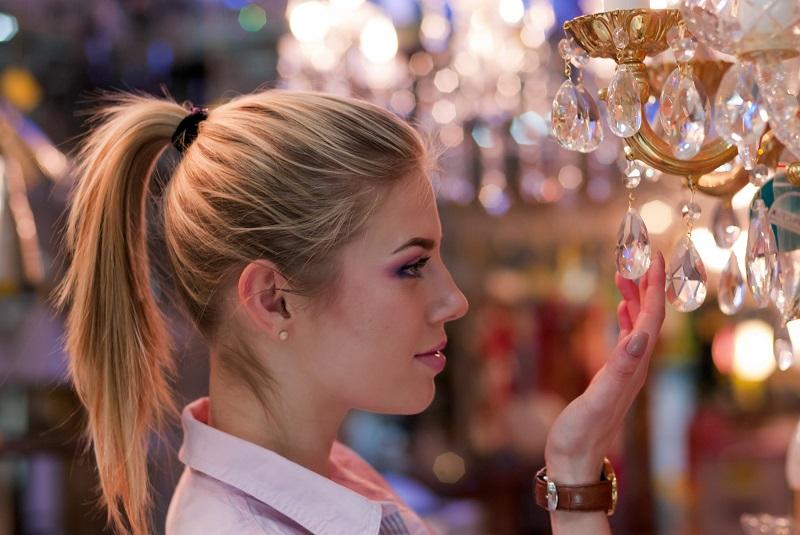 עתיקות בפתח תקווה: הכירו את אוספים ועתיקות. צילום: Shutterstock ,GLRL