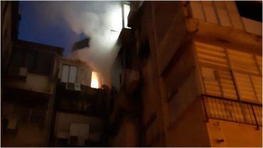 השריפה בחובבי ציון, צילום: דוברות איחוד הצלה פתח תקווה