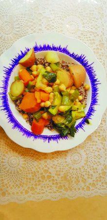 קוסקוס ירקות עם קינואה
