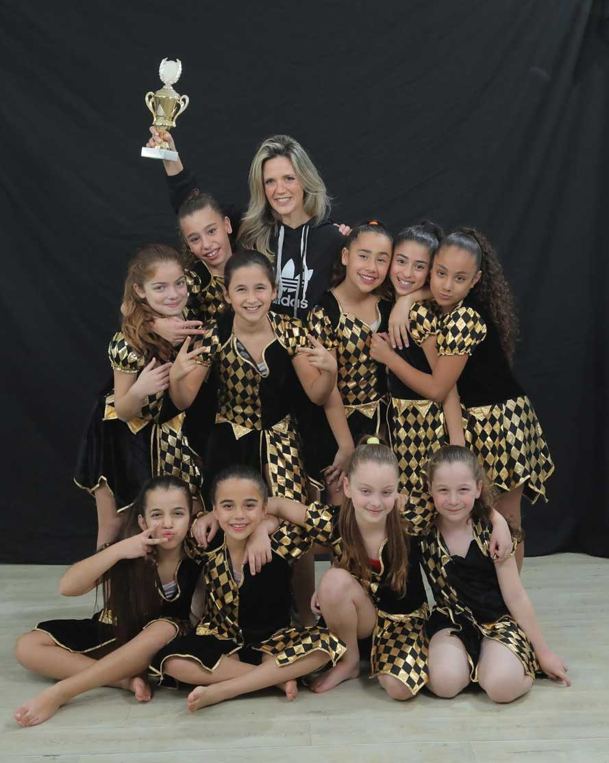 קבוצת המחול של חגית ויחנסקי זכתה במקום הראשון בתחרות