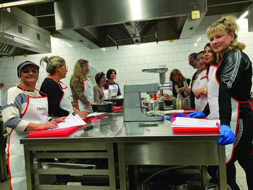 יומן חינוך. בישול במעונות. צילום עיריית פתח תקווה