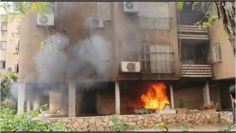 השריפה שפרצה ברחוב עין גנים פינת אלתרמן