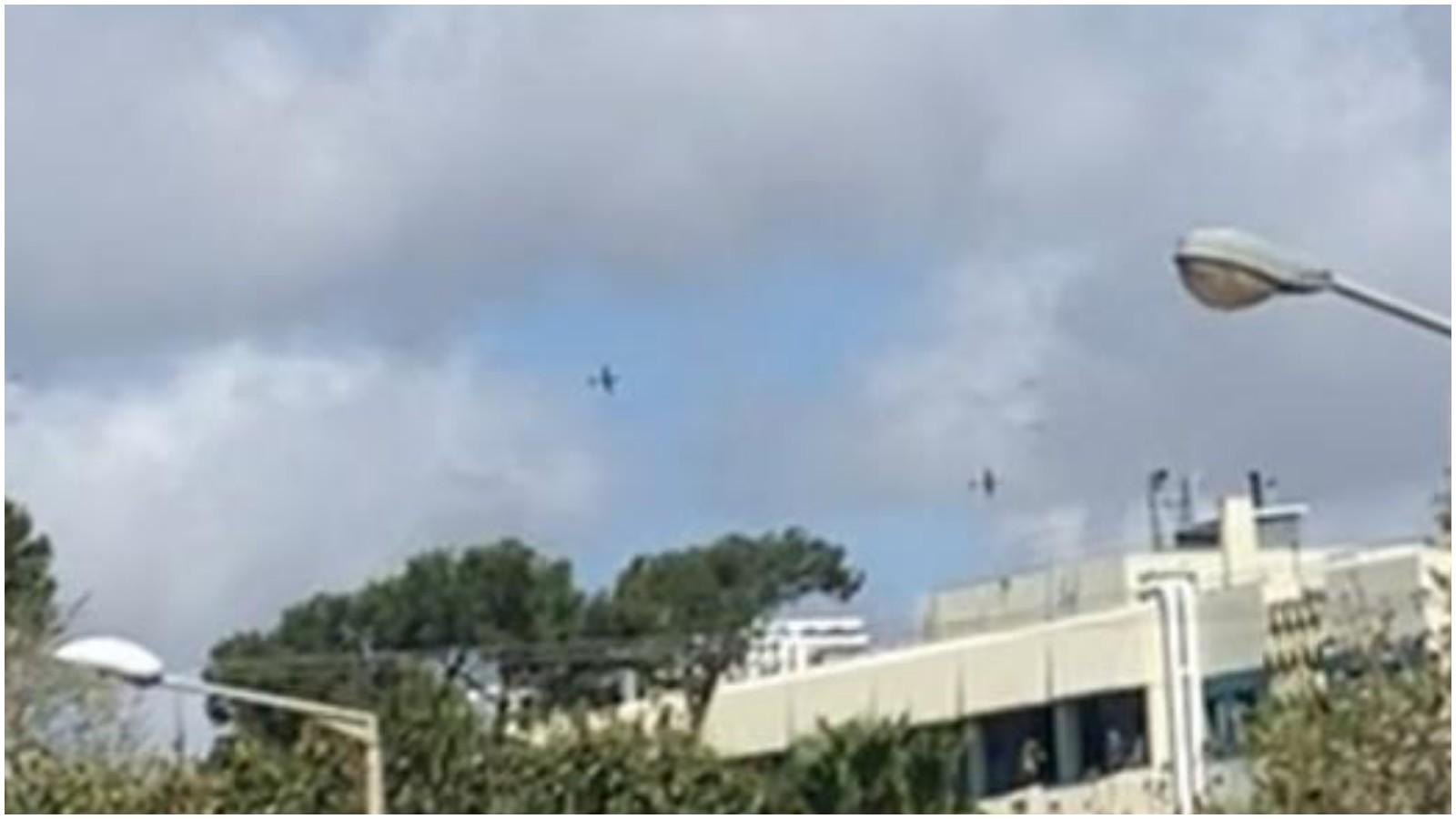 חזרה של מטוסי חיל האוויר בפתח תקוה לקראת יום העצמאות. צילום נדיב ורסנו