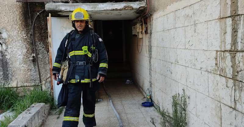 שריפת חדר בדירה ברחוב ברל כצנלסון בעיר, צילום דוברות תחנה אזורית פתח תקווה