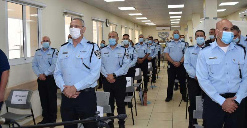 טקס החלפת מפקדים במשטרת פתח תקוה צילום דוברות המשטרה