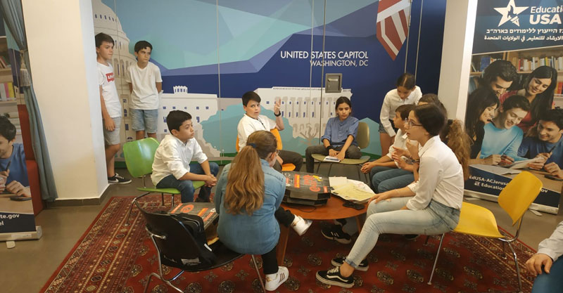 פעילו השגרירים הצעירים בשנה שעברה צילום עיריית פתח תקוה