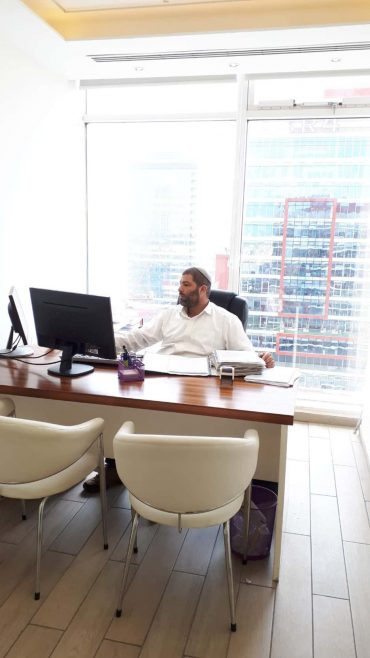"""""""אני תמיד ממליץ ללקוחותיי לבחור בדרך של גישור והסכמה"""", צילום: באדיבות עו""""ד יוסף עיני"""